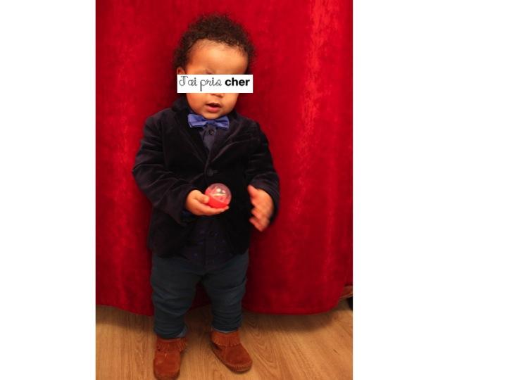 bébé bien habillé