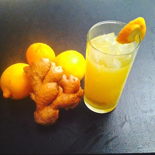 jus de citrons gingembre pour detox-copyright j'ai pris cher